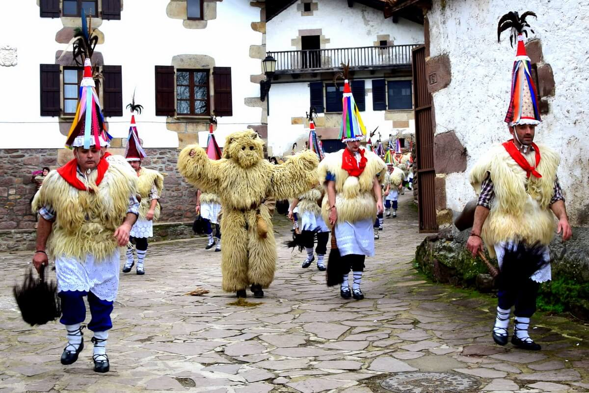 Calendrier fetes Pays Basque 2020 2021 | Ethno Travels