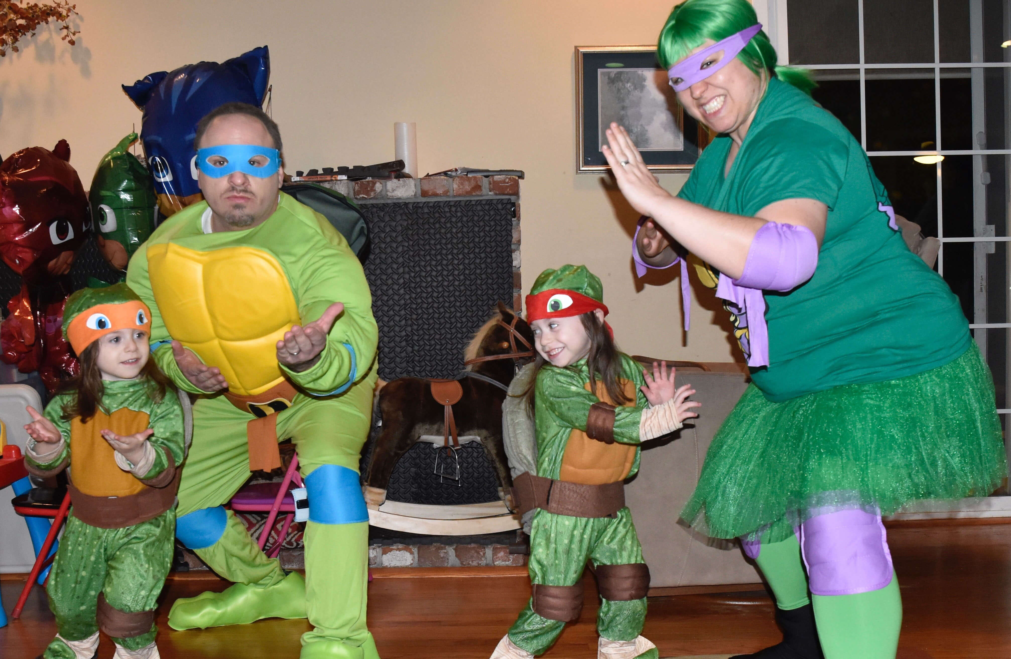 Ultimate Ninja-spirit from one of our Con Scholarship winners and her family.