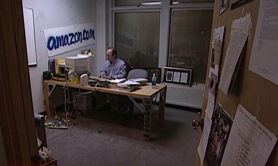 Kaip atrodė Amazon.com ofisas 1999 metais?
